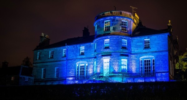 Ravelston House lights up blue for NHS